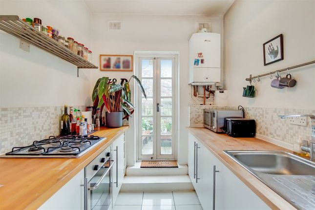 4_Kitchen-0 of Highgate Hill, London N19