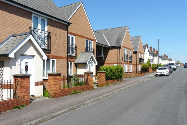 Thumbnail Flat for sale in Green Street, Royston