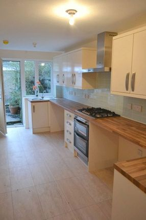 Thumbnail Terraced house to rent in London Road, Gloucester