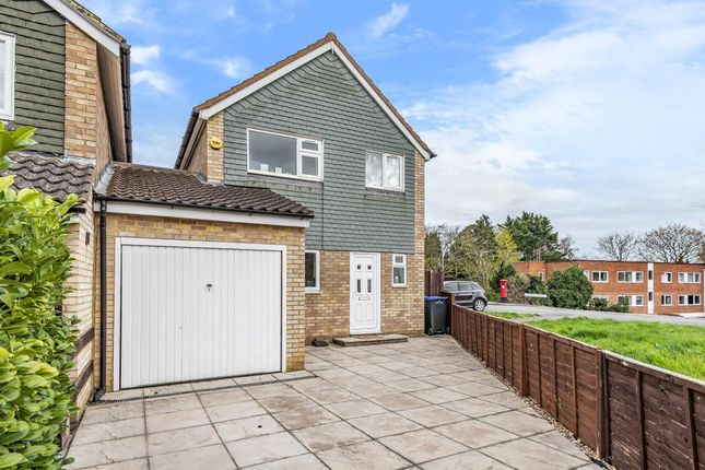 3 bed semi-detached house to rent in Maidenhead, Berkshire SL6