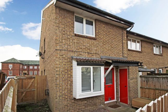 Thumbnail Terraced house for sale in Shirley Crescent, Beckenham