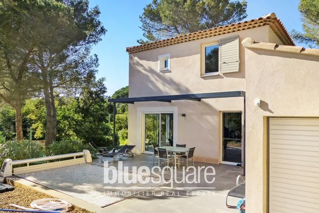 3 bed property for sale in Bormes-Les-Mimosas, Var, 83230, France