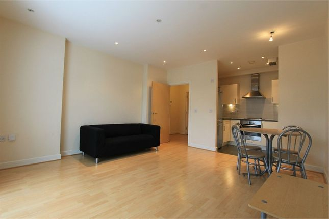 Thumbnail Flat to rent in Rosse Gardens, Desvignes Drive, London