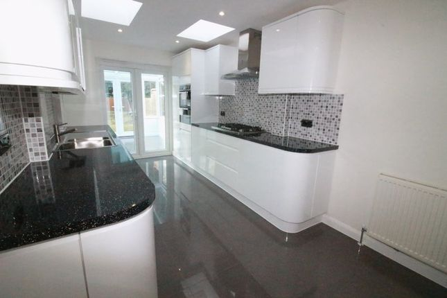 Thumbnail Property to rent in Sutton, Surrey