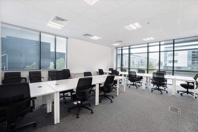Thumbnail Office to let in Parklands Way, Holytown, Motherwell
