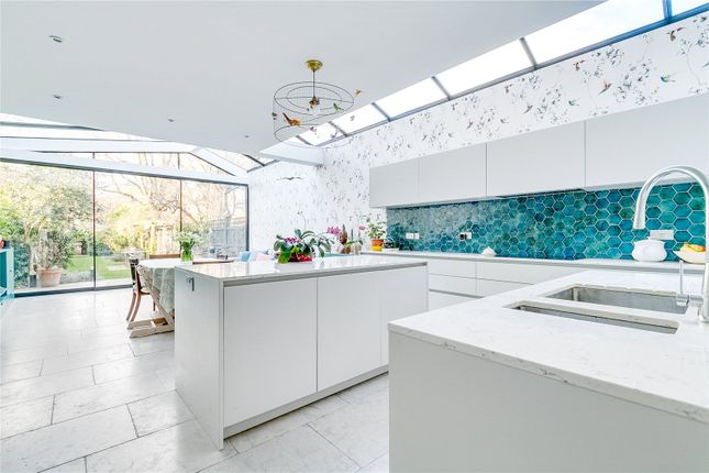 Thumbnail Detached house for sale in Hendham Road, London