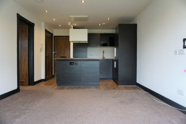1 bed flat to rent in Berkshire Road, Camberley GU15
