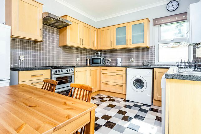 4 bed terraced house to rent in Furzehill Road, Mutley, Plymouth