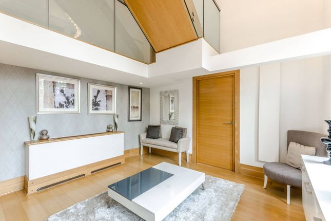 Flat for sale in Sugar House, Leman Street, Aldgate