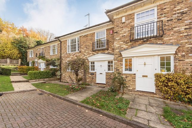 Thumbnail Terraced house to rent in Greenwood Close, Seer Green, Beaconsfield