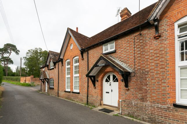 3 bed terraced house to rent in Water Lane, Hawkhurst, Cranbrook TN18