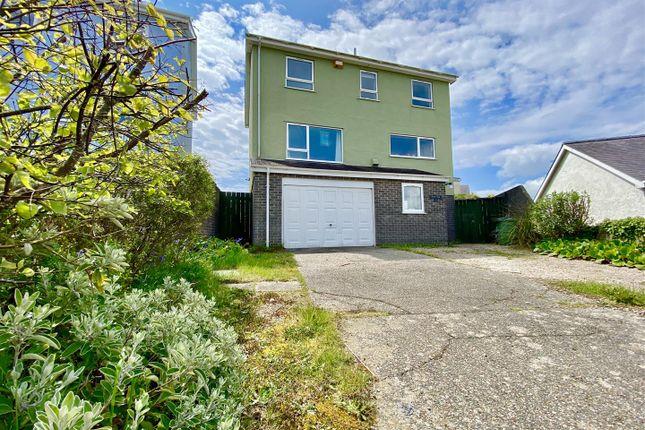 Thumbnail Detached house for sale in Bro Cymerau, Pwllheli