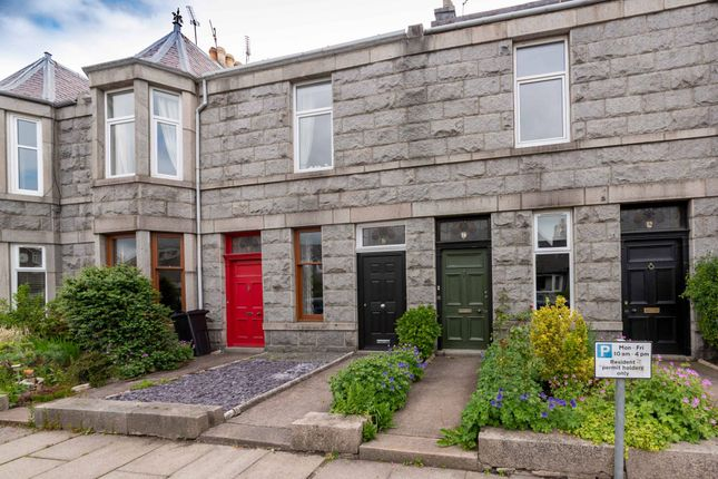 Thumbnail Flat for sale in Camperdown Road, Aberdeen
