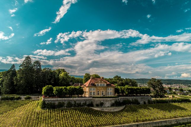 Thumbnail Château for sale in Colombier, Neuchatel, Switzerland