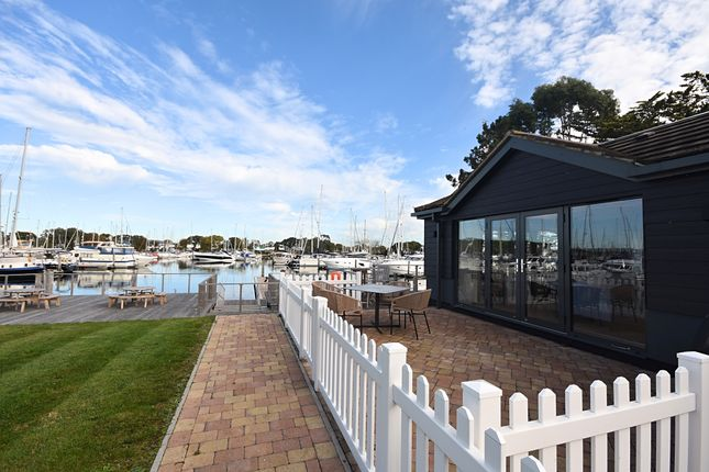 Thumbnail Flat to rent in Chichester Marina, Chichester