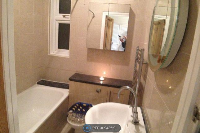 Bathroom/Porcelain Tiles