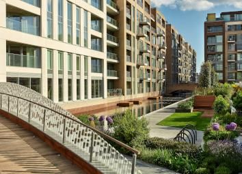 Thumbnail Flat for sale in Prince Of Wlaes Drive, Battersea, London