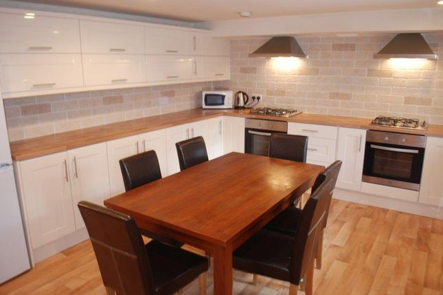 7 bed terraced house to rent in Ash Road, Headingley