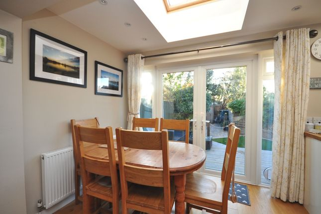Thumbnail Semi-detached house to rent in Hitchings Way, Reigate