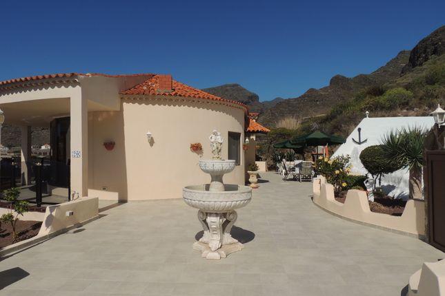 Villa for sale in Calle Tajinaste, La Caldera, Los Gigantes, Tenerife, Canary Islands, Spain