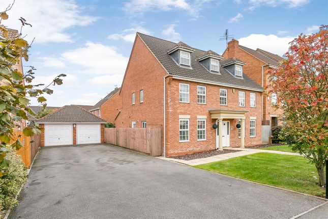 Thumbnail Detached house for sale in Morecroft Drive, Warwick, Warwickshire