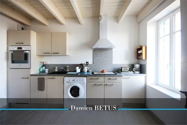 2 bed apartment for sale in Pays De La Loire, Vendée, Saint Gilles Croix De Vie