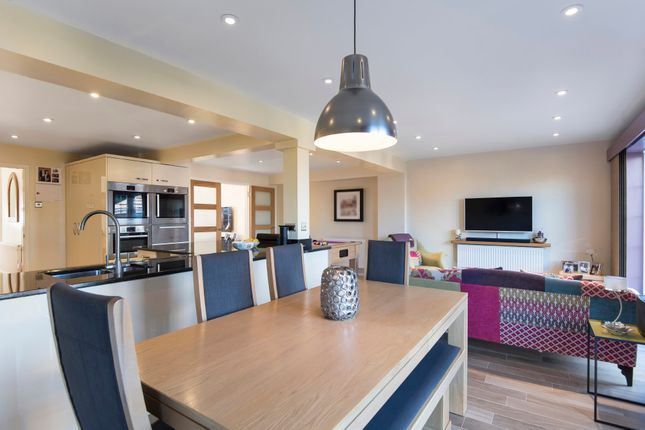 Thumbnail Detached house for sale in Elm Road, Faringdon