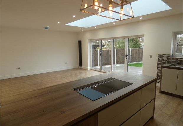 Thumbnail Detached house for sale in Rayleigh Road, Thundersley, Thundersley