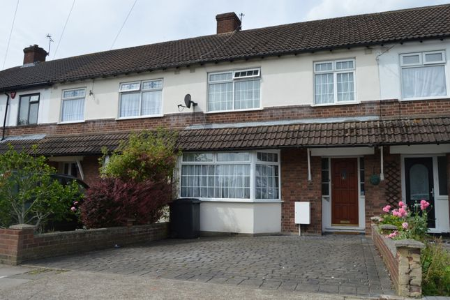 3 bed terraced house to rent in Harold Court Road, Harold Wood, Romford