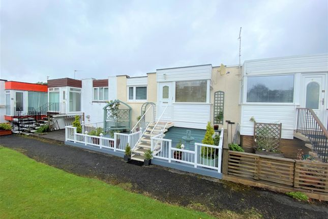 Thumbnail Terraced house for sale in Corlic Way, Kilmacolm