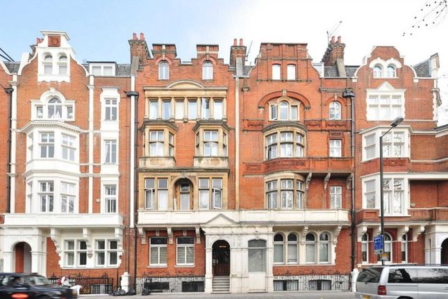 Thumbnail Flat to rent in Hyde Park Place, London