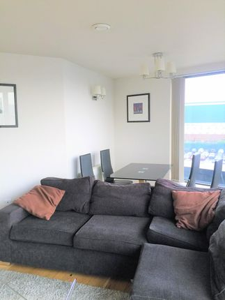 Thumbnail Flat to rent in 2 Connaught Road, Silvertown, London