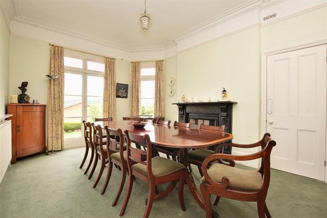 5 Bed Semi Detached House For In Shot Road Reigate