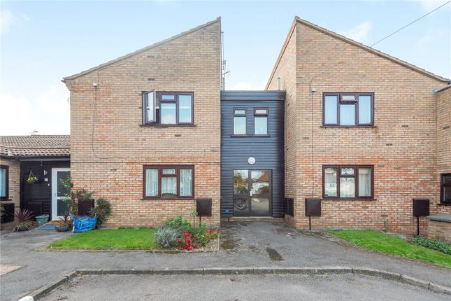 Picture No. 01 of Newstead House, 67A Dovedale Close, Harefield UB9