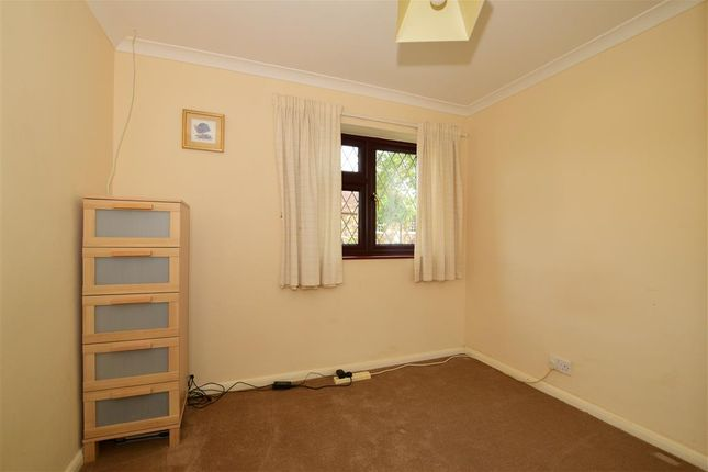 Bedroom 3 of Wrotham Road, Meopham Green, Kent DA13