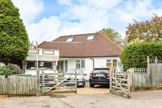 Thumbnail Bungalow for sale in Grafton Road, Worcester Park
