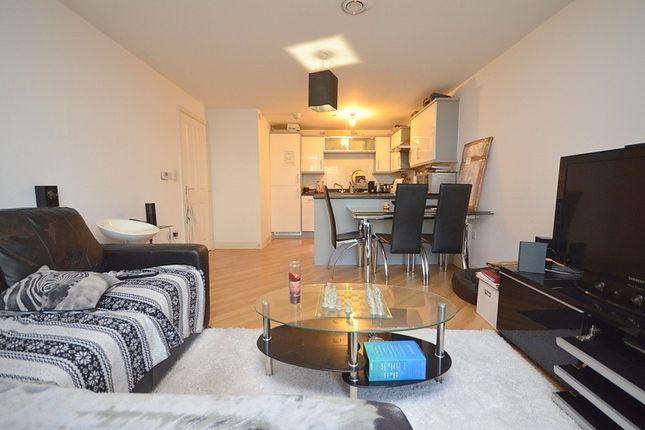 Lounge / Open Plan Kitchen