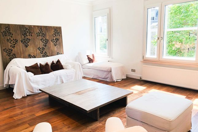 3 bed flat to rent in Beaufort Street, London SW3