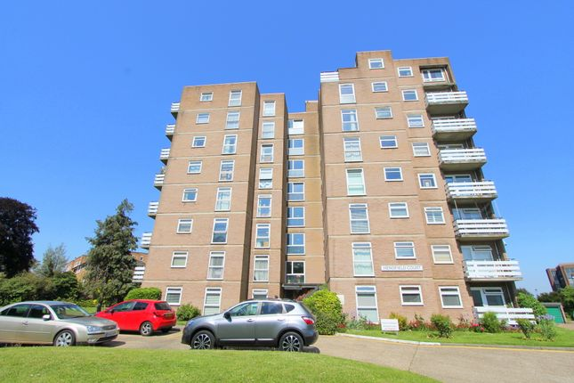 Thumbnail Flat for sale in Hendfield Court, Wallington