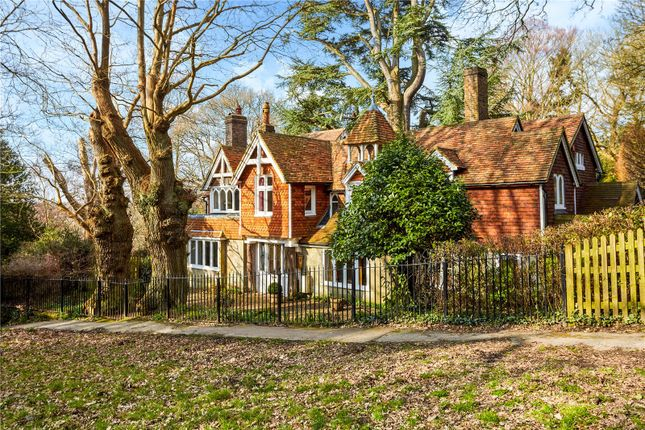 Thumbnail Detached house for sale in The Common, Tunbridge Wells, Kent