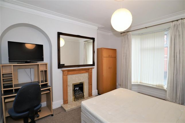 Bedroom of Monks Road, Lincoln LN2