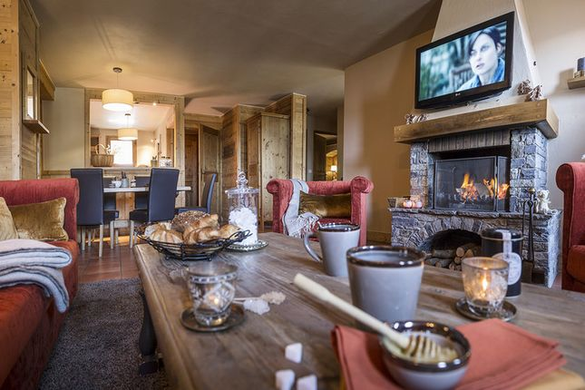 Apartment for sale in Couchevel Moriond, French Alps, France