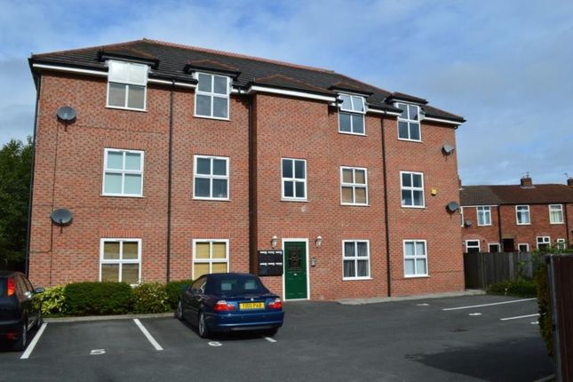 Thumbnail Flat to rent in Lyme Court Vine Street, Hazel Grove, Stockport