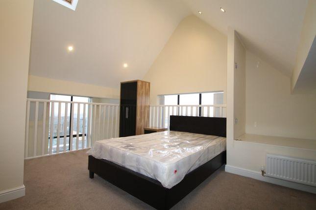 Thumbnail Flat to rent in Richardshaw Lane, Pudsey