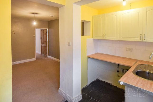 Kitchen of King Street, Clay Cross, Chesterfield S45