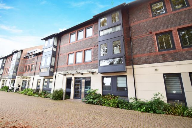 1 bed flat for sale in Old Lodge Place, St Margarets, Twickenham TW1