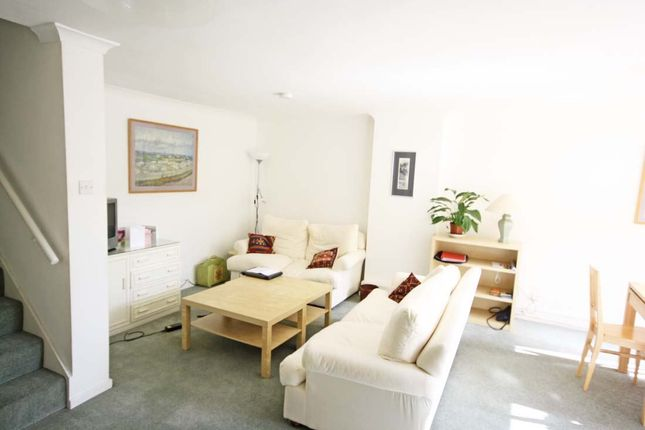 Maisonette in  Lily Close  London  Notting Hill