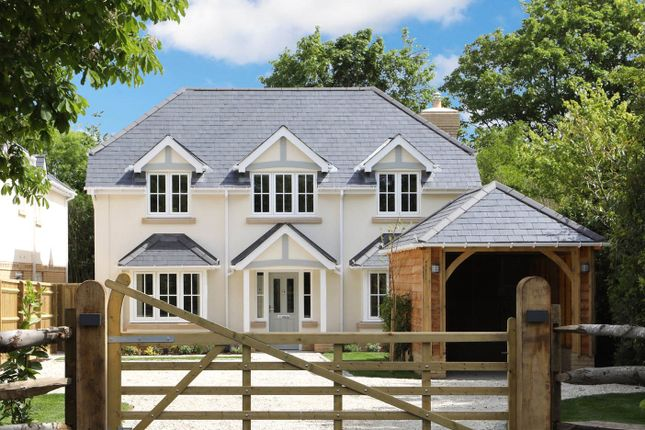 Thumbnail Detached house for sale in Chalfont Road, Seer Green, Beaconsfield, Buckinghamshire