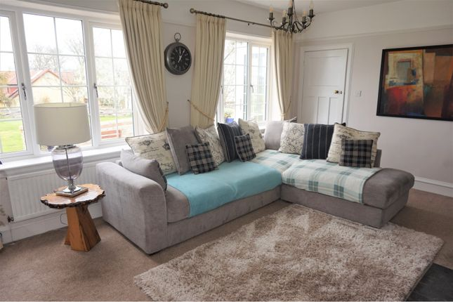 Family Room of Resaurie, Inverness IV2