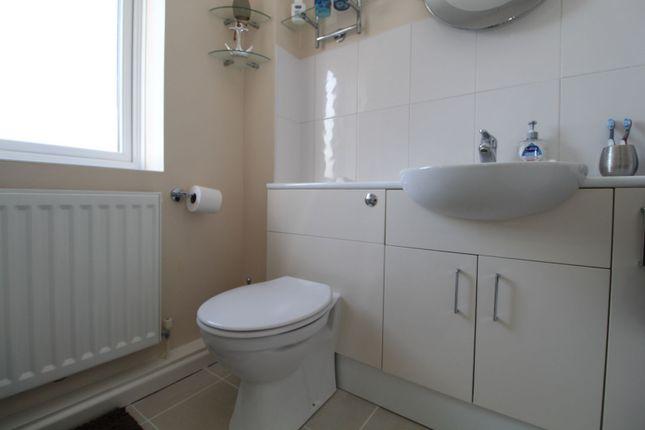 Bathroom of Wimborne Crescent, Milton Keynes MK4